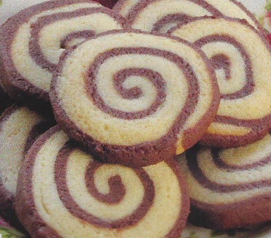 Chocolate Pinwheel Icebox Cookies Slice Bake Cindy S On Line