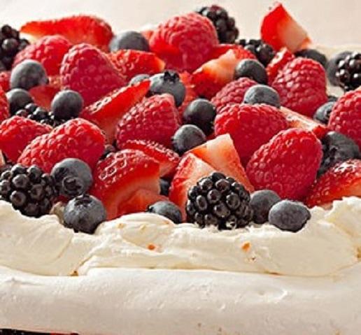 how to make whipped cream for pavlova