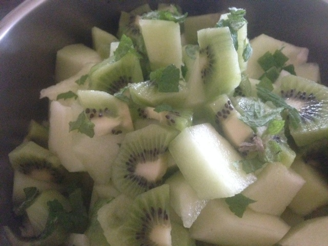 HONEY MINT HONEYDEW MELON & KIWI SALAD * lime juice ...